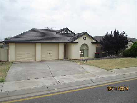 House - 36 Gleeson Grove, E...