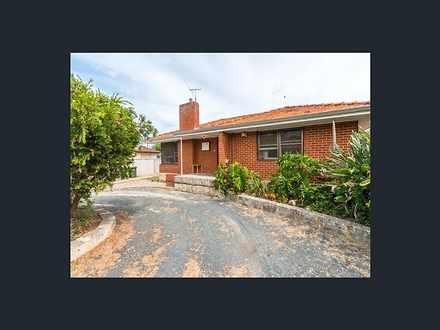 House - 32 Archidamus Loop,...