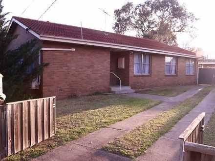 House - 70 Tyquin Street, L...