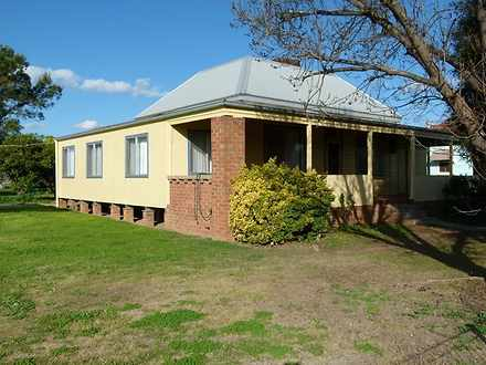 House - 46 Ooma Street, For...
