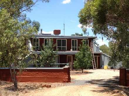 House - 2 Molong Street, Co...