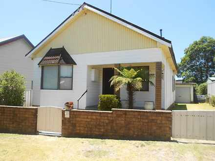 House - 16 Lachlan Road, Ca...