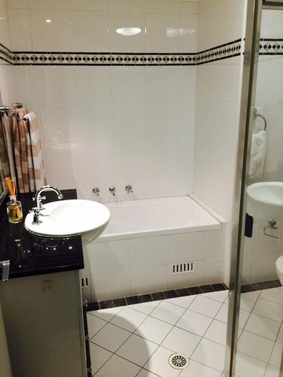Bathroom 1 1476923178 primary
