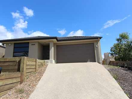 House - 5 Oakmoss Drive, Sp...