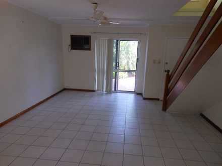 Unit - 2/6 Palm Street, Hol...