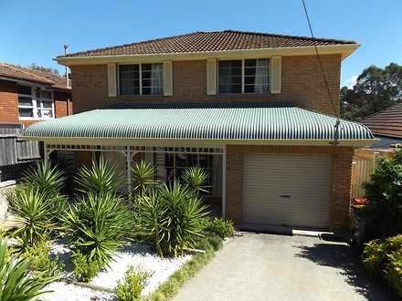 House - 35 The Glen, Bardwe...