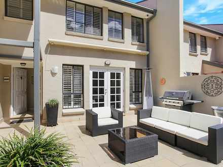 Townhouse - 29 Peartree Cir...