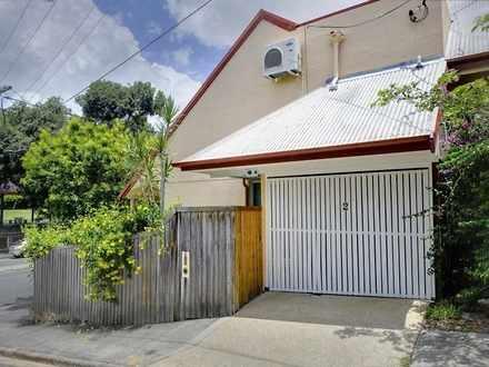 House - 2 Park Street, Spri...