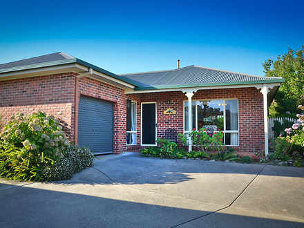 Unit - 2/128 Benyon Street,...