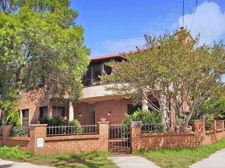 Semi_detached - 61 Perry St...