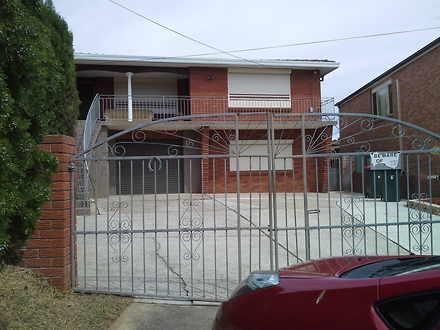 House - 6 Hillside Road, Bl...