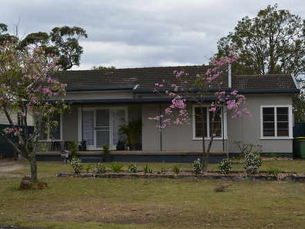 House - 42 Mcevoy Avenue, U...