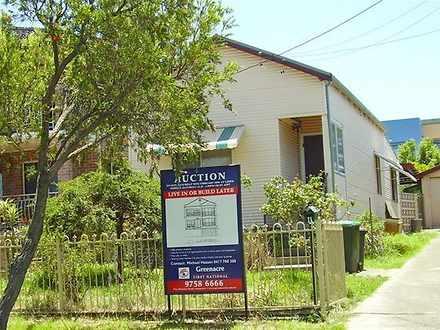 House - 11 Greenacre Road, ...
