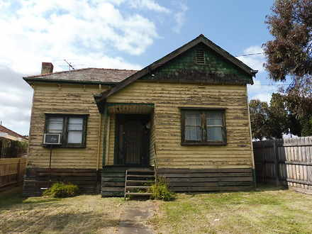 House - 2 Elizabeth Street,...