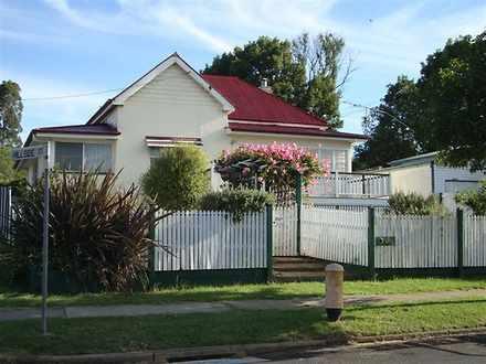House - 176 Jellicoe Street...