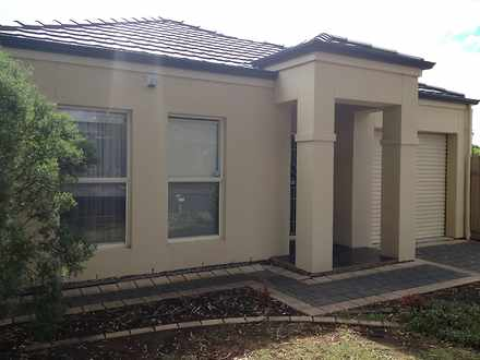 House - 14 Chifley Avenue, ...