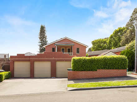 Townhouse - 3/6 Tideswell S...
