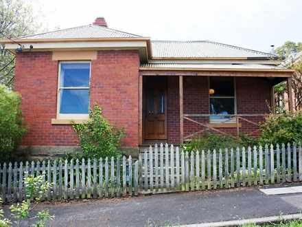 House - 9 Pine Street, West...