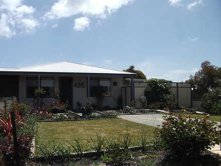 House - 35A Langford Cresce...