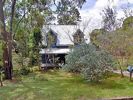 House - 19 Lake Road, Balco...