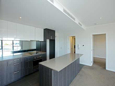 Apartment - 696 Albany High...
