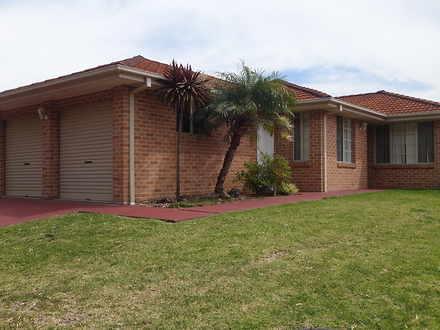 House - 24 Selwyn Grove, Ho...