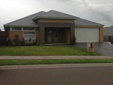 House - 21 Redgum Circuit, ...