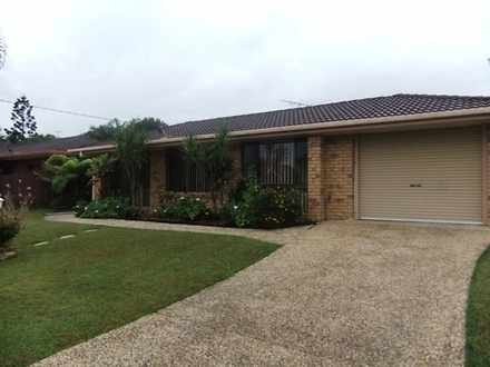 House - 28 Rosewood Drive, ...