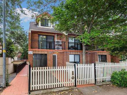 Townhouse - 1/15 Brickfield...