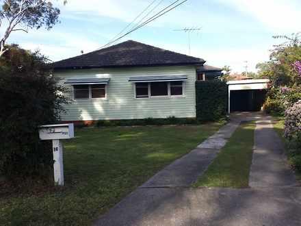 House - 16 Thomas Clarke St...