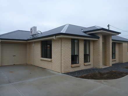 House - 1/68 Crittenden Roa...