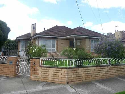 House - 16 Buckley Avenue, ...
