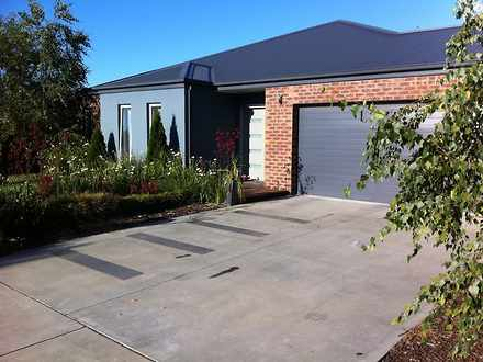 House - 22 Thornley Court, ...