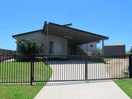 House - 7 Kingfisher Court,...