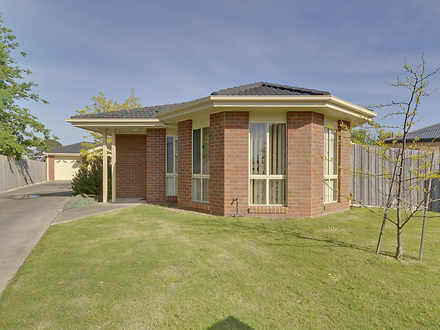 Townhouse - 1/11 Broadford ...