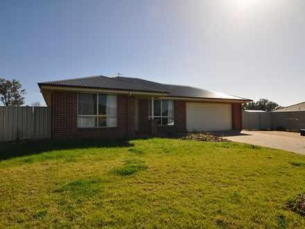 House - 157 Rivergum Drive,...