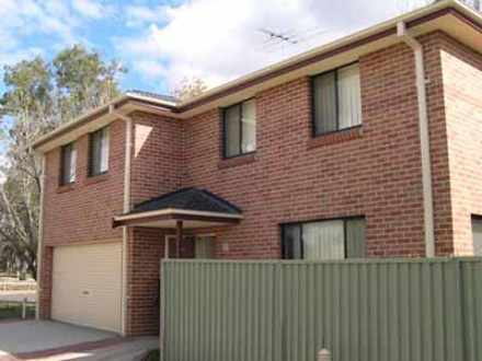 Townhouse - 5/67 Spencer St...