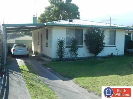House - 14 John Street, Moe...