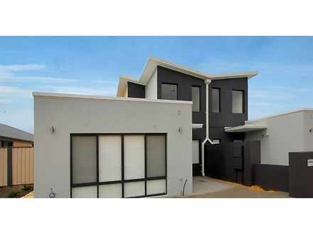 House - 1/14 Lattari Turn, ...