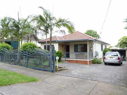 House - 61 Gordon Street, A...