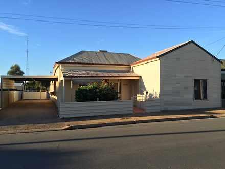 House - 25 Queen Street, Po...