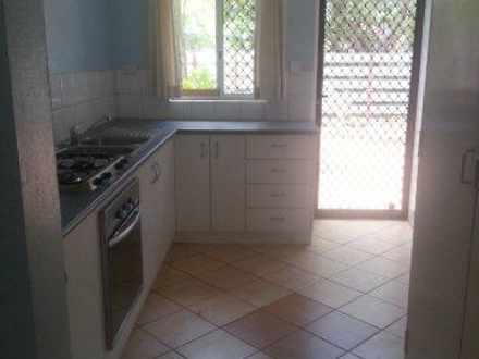 Townhouse - 7/19-23 Westral...