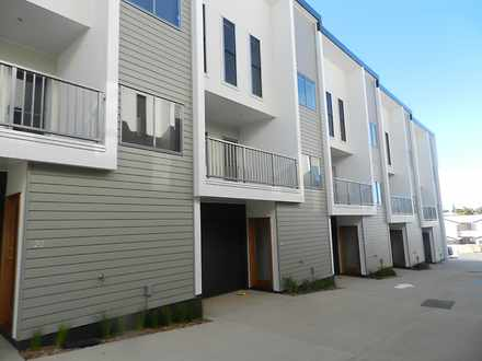 Townhouse - 21/5-9 View Str...