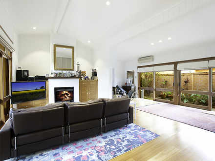 House - 138 Bantry Bay Road...