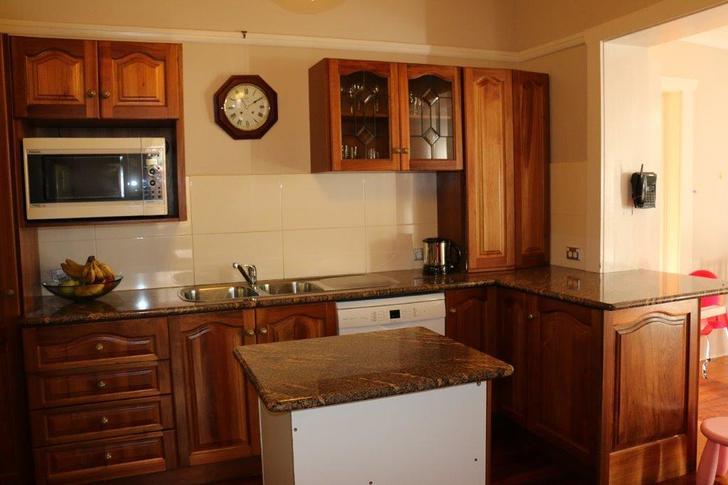 3 kitchen2 1479784026 primary