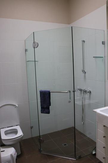 10 bathroom 1479784031 primary