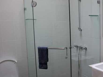 10 bathroom 1479784031 thumbnail