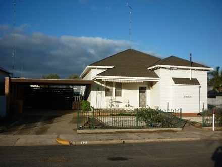 House - 17 Campbell Street,...
