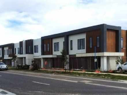 Townhouse - TOWNHOUSE 6 Lot...