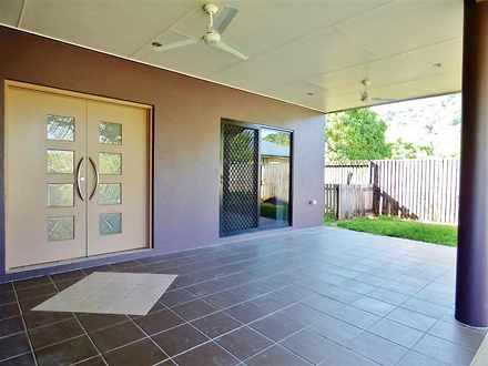 House - 6 Melaleuca Close, ...